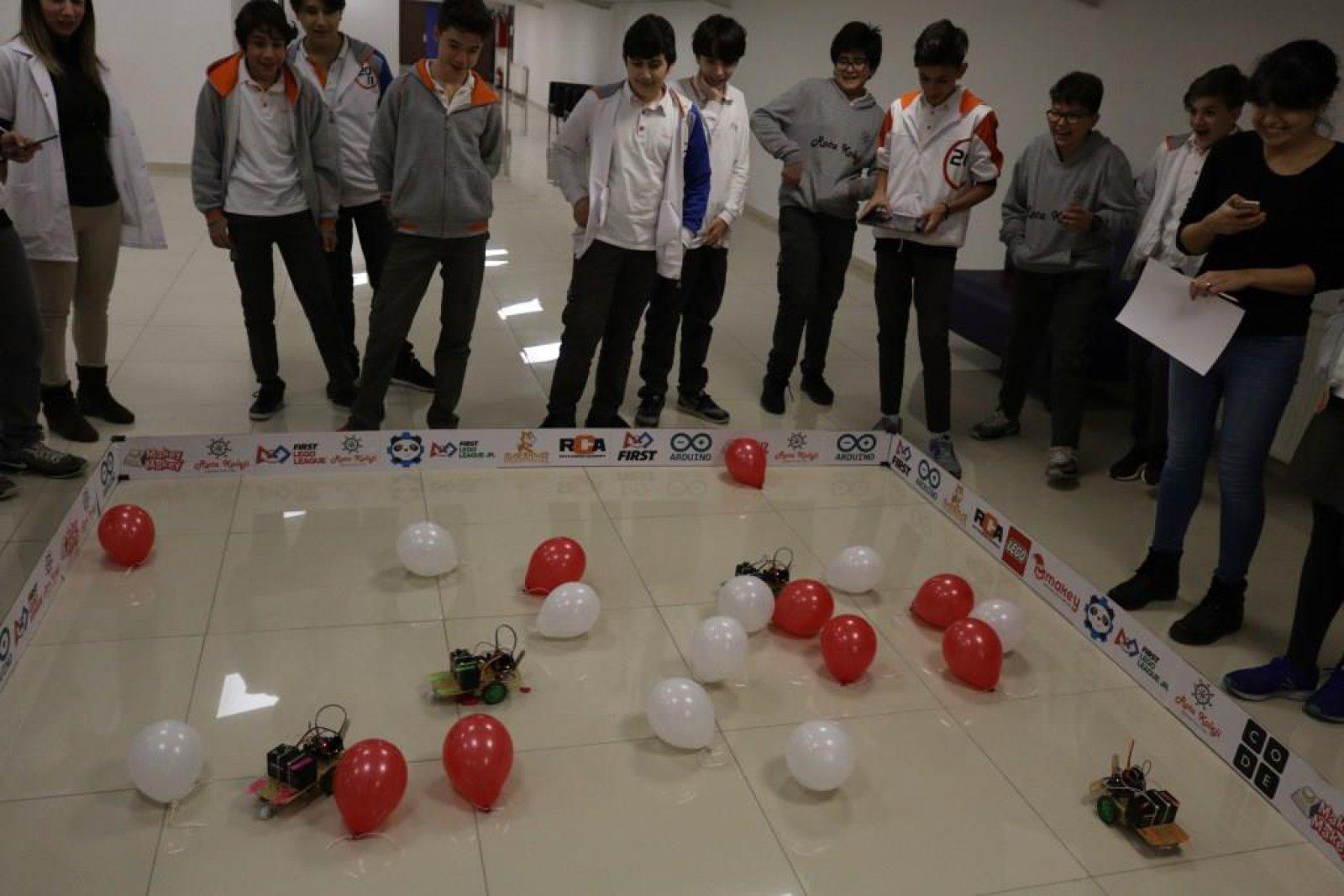 7. Sınıflar Arası RotaBot Balon Patlatma Yarışması