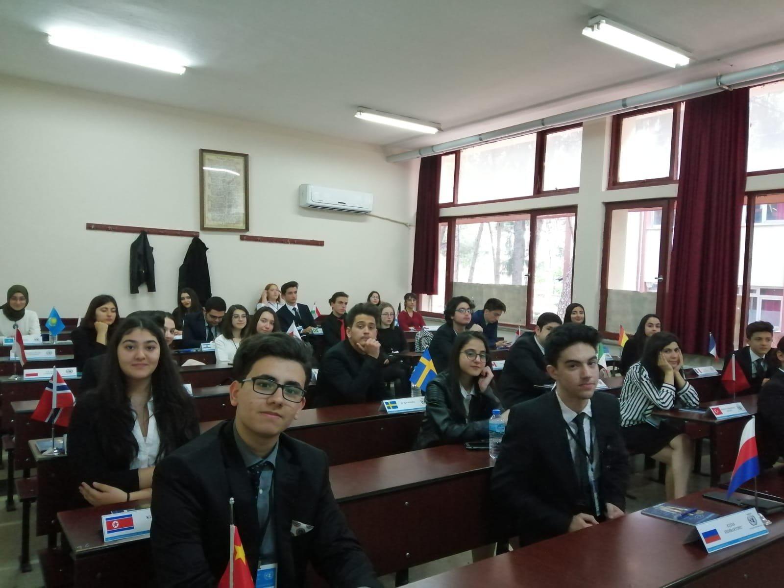 85. Yıl Anadolu Lisesi I. Model Birleşmiş Milletler Ege