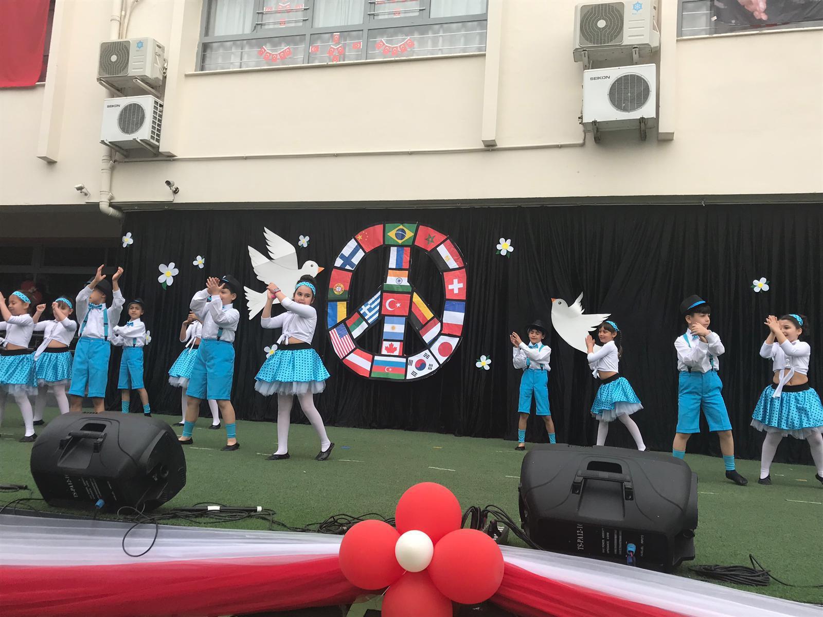 23 Nisan Ulusal Egemenlik ve Çocuk Bayramı Töreni