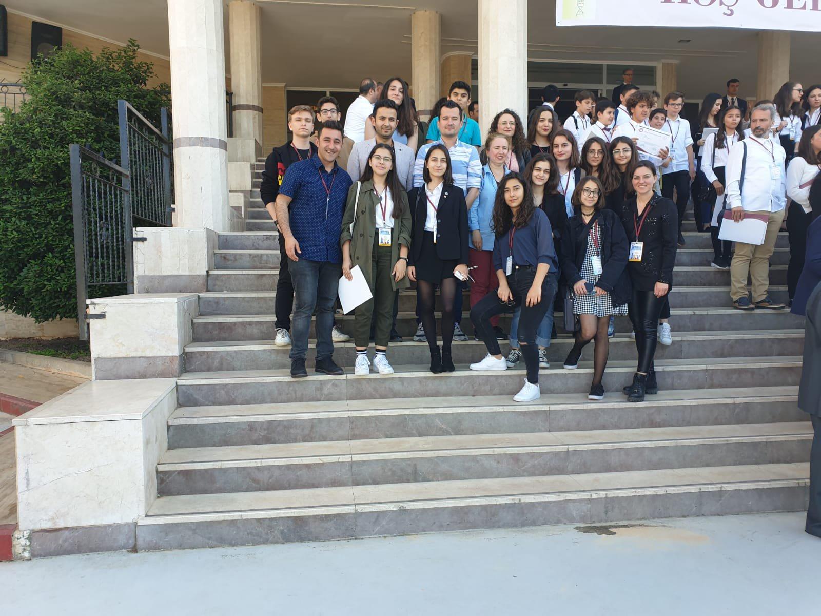 MEV Koleji Fen Bilimleri Araştırma Proje Yarışması