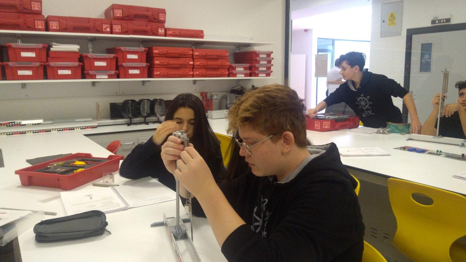 Fizik Laboratuvar Deneyleri